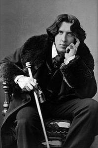 200px-Oscar_Wilde_portrait