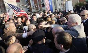 clinton in kosovo